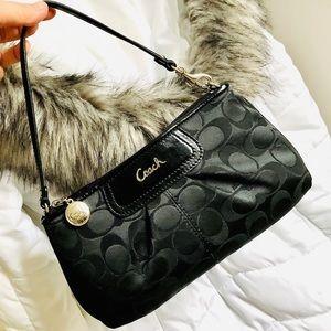 COACH⚡️Signature Jacquard Large Wristlet/Mini Bag